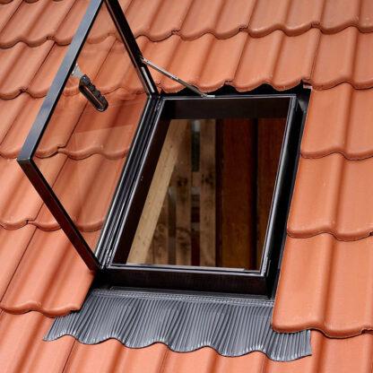 Окно-люк для выхода на крышу Velux VLT